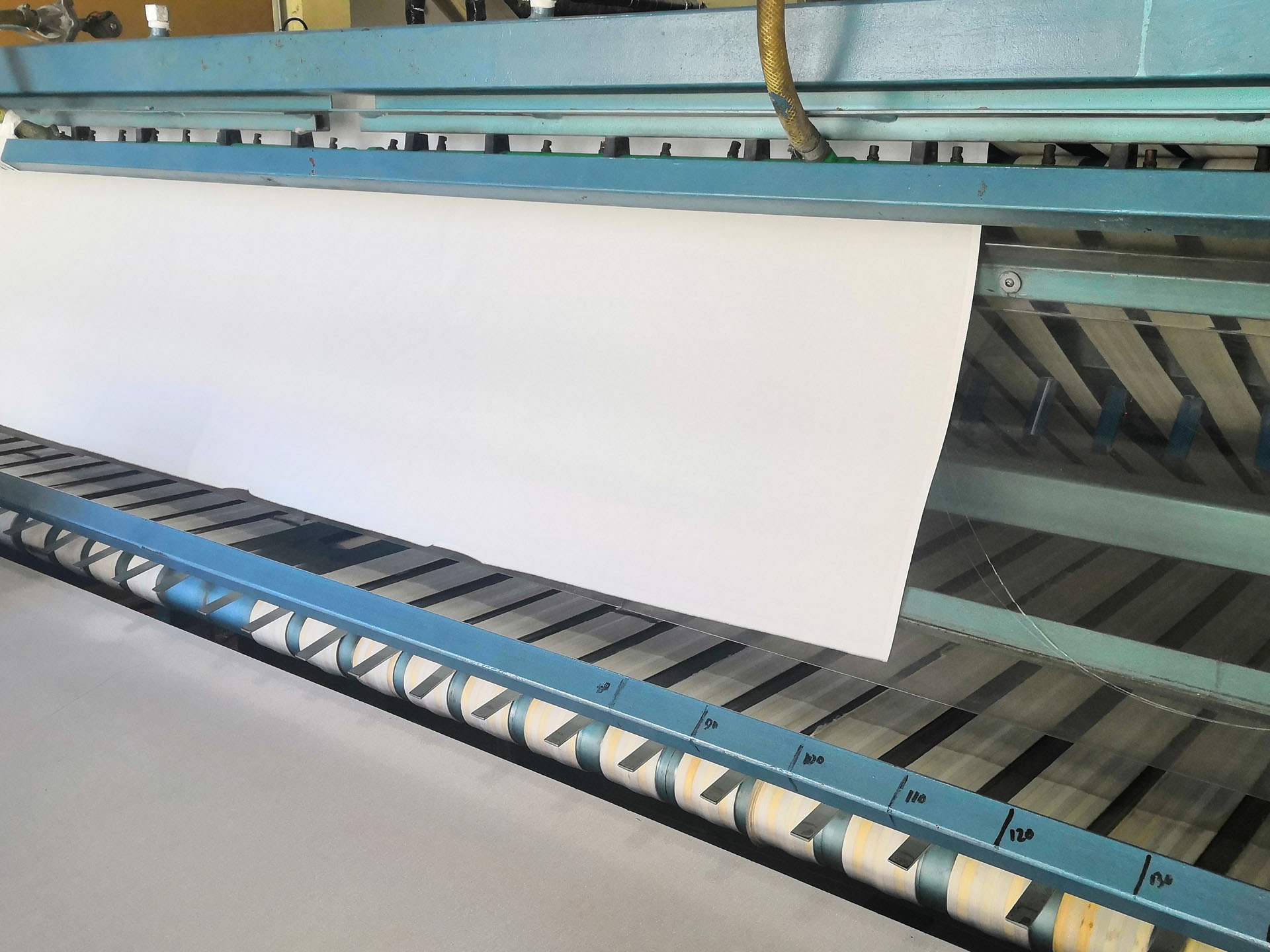 sheet-folding-machine (4)